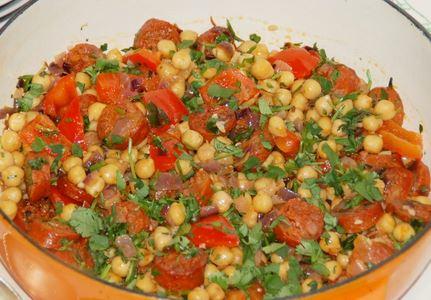 Salada de Grão de Bico e Linguiça