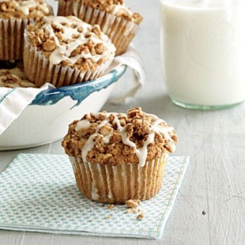 Muffins de maçã Streusel com chuvisco