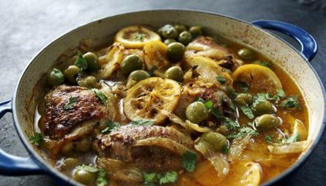 Caçarola de frango ao estilo marroquino