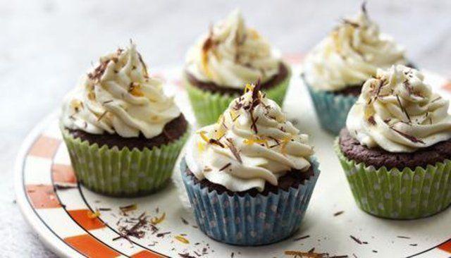 Cupcakes de chocolate e laranja