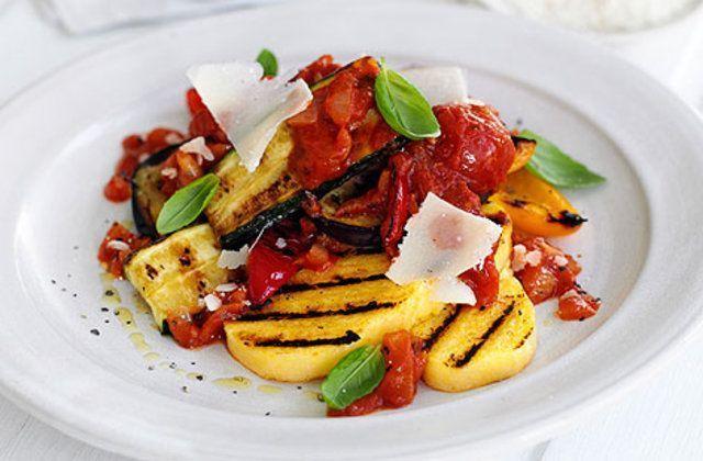 Legumes grelhados com polenta