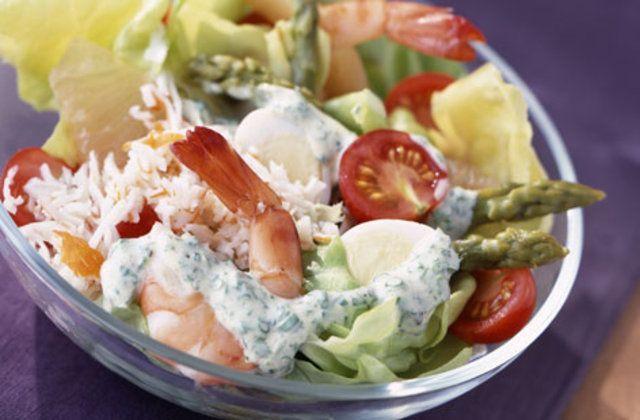 Salada mista com camarão