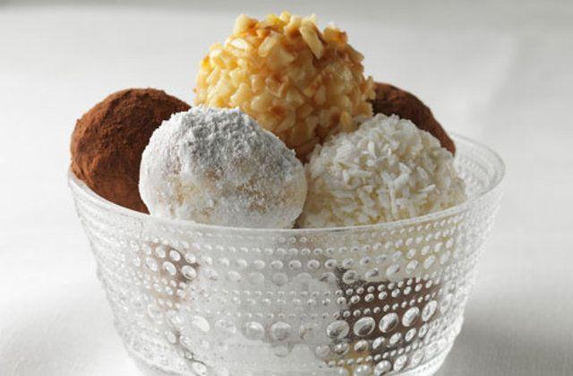 Bolas de sorvete revestidas