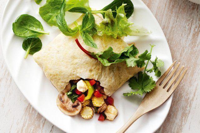 Omeletes asiáticos de tofu e vegetais