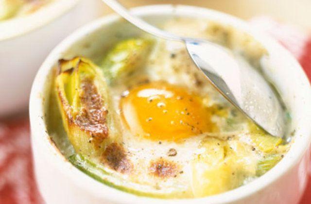 Ovos cozidos com Roquefort