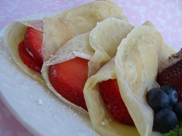 crepes leves de morango
