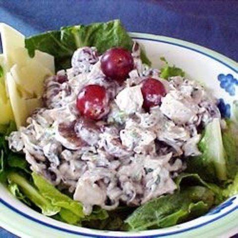 Salada de arroz, uva e peru