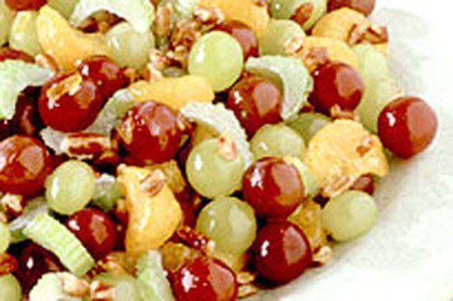 Salada uvas com repolho