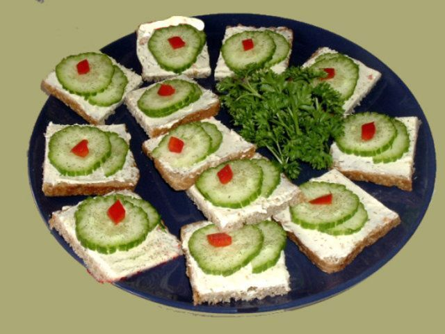 Aperitivo de pepino e cream cheese