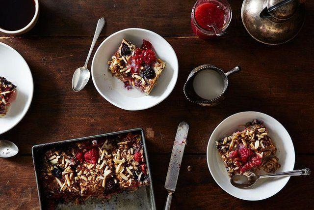 Torta integral com morangos