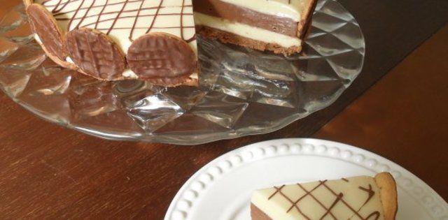 Torta mousse dois chocolates