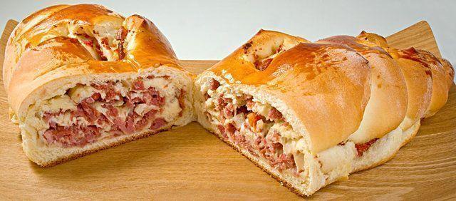 Pão de cebola recheado